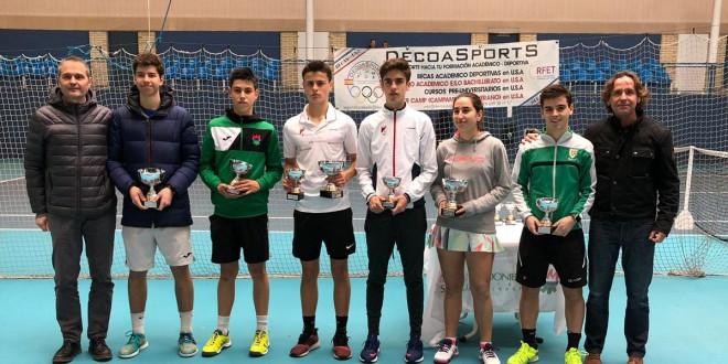 30 Circuito Absoluto de Tenis (1º Torneo) – Antonio Prat y Sara Barriendo campeones.